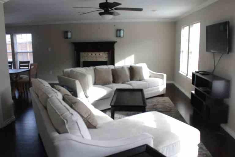 Living room of richardson sober living